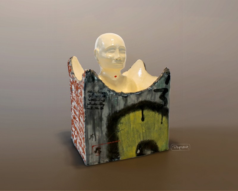 pepiro_van_roncha ceramic piece 'Taking Refuge'