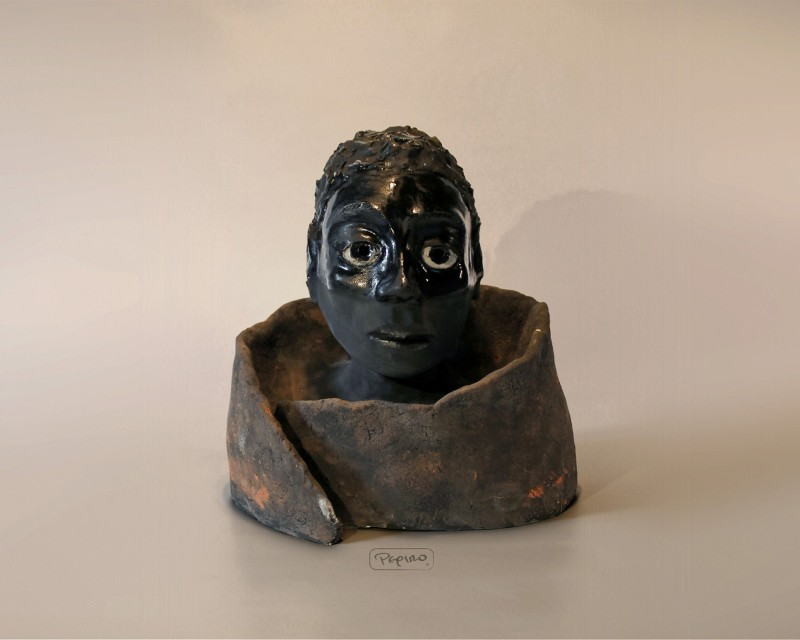 pepiro_van_roncha ceramic piece 'untitled bust'